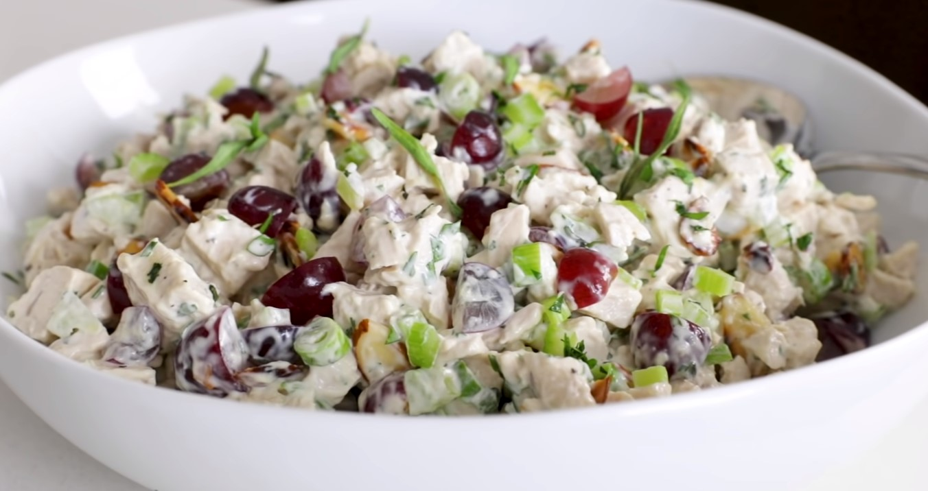 Chicken Salad with Grapes and Almonds
